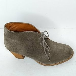1937 Footwear Size 7 Ankle Bootie Suede Leather